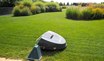 Belrobotics: lawn mowers in times of IoT